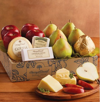 Harry & David – Deluxe Pears, Apples, and Cheese